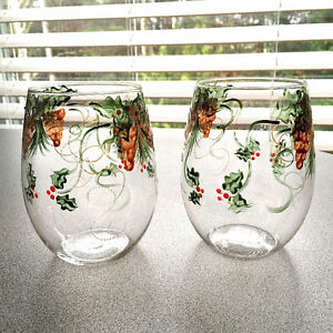8 Hand-Painted Stemless Wine Glasses - Holly & Pinecones