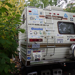 Motorhome RV 21 ft Ford 1984, 180 000km, clean, Sleeps 6 Ready West Island Greater Montréal image 10