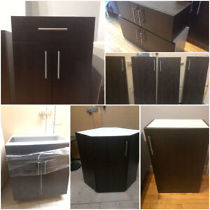6 matching kitchen cabinets +4 pantry doors, NEW, priced to sell