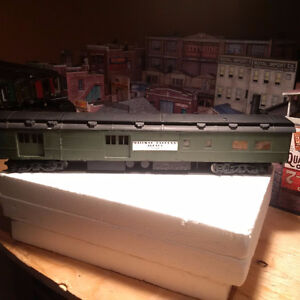 Lionel Style - Walther Passenger & Luggage Cars O Scale Lot 2