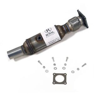 Front 3.8L Chrysler Town & Country 2001-2007 Catalytic Converter