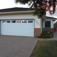 ADULT SEMI DETACHED CONDO FOR RENT IN WEDGEWOOD
