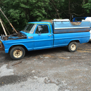 F100 box 8' fleetside ( from the south,rust free)
