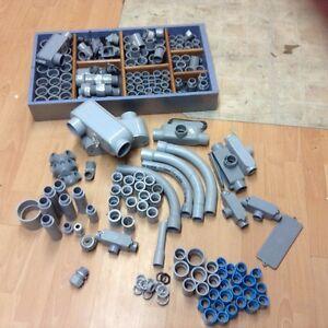 Lot de pièces électrique en pvc