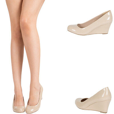 - NUDE PATENT LEATHER ROUND CLOSED TOE MED LOW WEDGE HEEL WOMENS PUMP SANDAL SHOES