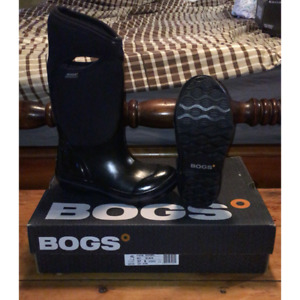 NEW Bogs Winter/Spring Boots, Women Size 6, Black -40 C Rating