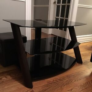 Modern TV Stand (Perfect Condition)
