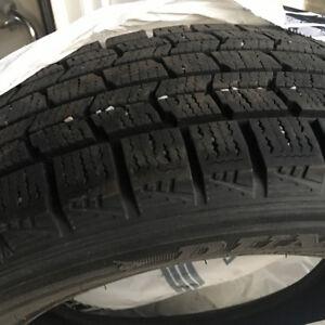 4 Pneus d'hiver 205/195R16 ** Bon état ** 45$/ch ** Winter tires