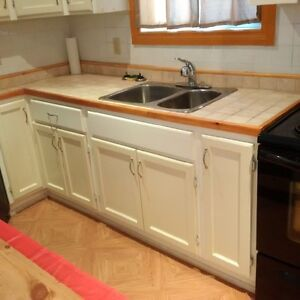 Kitchen for sale -perfect for apartment or student house