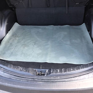 Great condition high quality rear trunk SUV mat