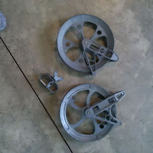 """2 - 8"""" Clothesline pulleys and mini winch"""