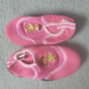 Dora's Water Shoes