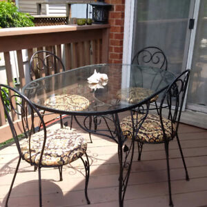 Hauser Style Iron Table And Chairs: Vintage