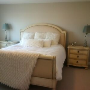 king size bedroom set in excellent condition