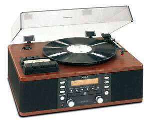 Teac LPR500 Record Player with Vinyl LP to CD Copier Convertor Station - Walnut