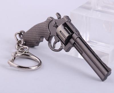 1pcs Gun Keychain Military Weapon Model Revolver Pistol Metal Keychain CA