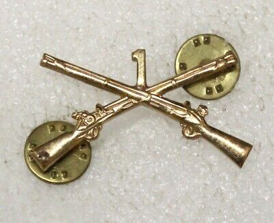 Army Officer's Collar Pin: 1st Infantry Regiment, 6th Division - c/b, snowflake