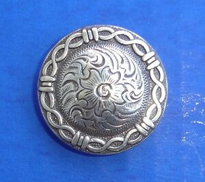 Western-Antiqued-Silver-Barbed-Wire-3-4-Conchos-6