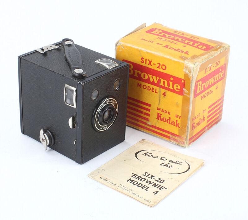 KODAK LONDON SIX-20 BROWNIE MODEL 4, INCOMPLETE BOX/cks/196219