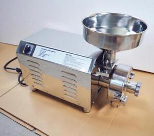 Almost new Electric Hammer Mill Herb Grain Grinder Powder Machine 170143