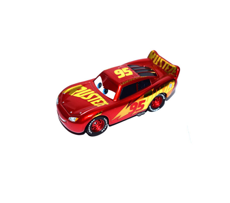 Disney Pixar Cars 3 Diecast Red Gold Rust Eze Lightning Mcqueen