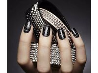 Qualified Nail Technician and Paid Trainee Wanted £100 - £550 p/w