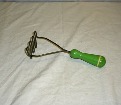 Vintage Green Wooden Handle Potato Masher Kitchen Utensil Tool Mid Century Retro