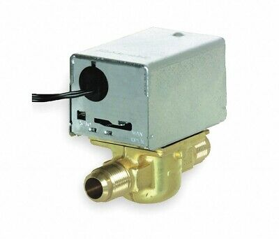Honeywell V8043e1137 24vac 10cv Normally Closed Npt 1 Motorized Zone Valve