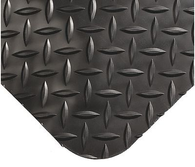 Wearwell Anti-fatigue Runner 35' x 3' Vinyl Black Diamond Plate 497
