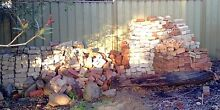 FREE -- Large Mixed Lot of Old Used Bricks Mount Barker Mount Barker Area Preview