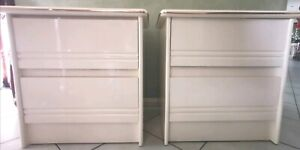 2 matching Bedside tables.