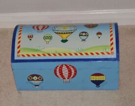 Small Toys Box