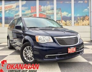 2016 Chrysler Town & Country TOURING L | Navigation | New Tires