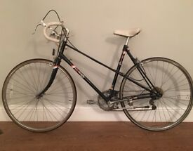 Vintage Black Raleigh Ladies' Sport Bike (Refurbed) with Extra Strong Chain Lock