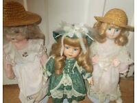 3 Porcelain dolls with stands As new Leonardo Collection