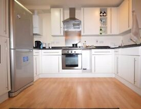 Fabulous modern 2 spacious 2 bed apartment Slough town centre