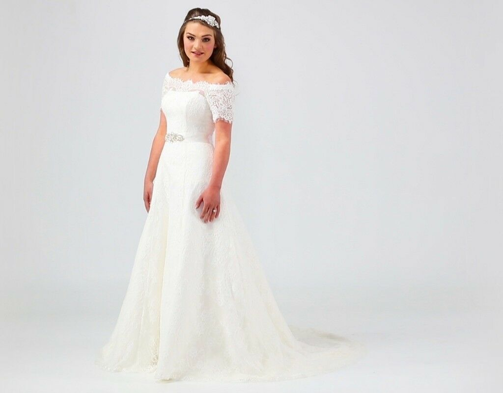 Beautiful wedding dress size 20 | in Hull, East Yorkshire | Gumtree