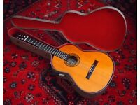 vintage Spanish classical guitar Cuenca 30 solid Spruce top new set up