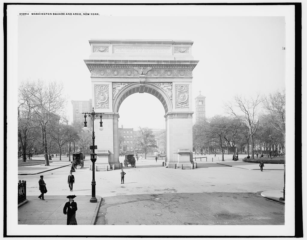 "8"" x 10"" Photo Washington Square and Memorial Arch New York 1905"