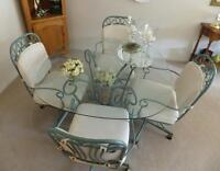 Dining Room Table - Beveled Glass, 4 chairs, Mint Condition