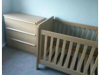 Mamas & Papas Cot bed & chest of drawers