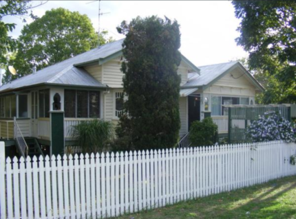 Wanting to swap.  4 BR in qld home want to swap for house/ land i