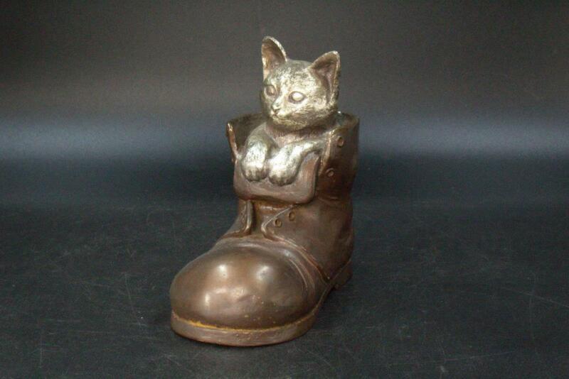 Cat in a Boot Japanese Copper Ornament Okimono Maneki neko BOS239