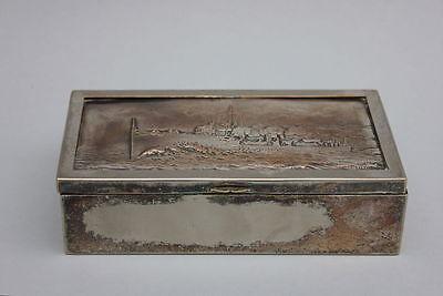 Frank Lutiger (1871-1931) - Versilberte Zigarettendose mit Kriegsschiff