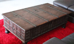Heavy coffee table trunk - with storage $500ono Neutral Bay North Sydney Area Preview