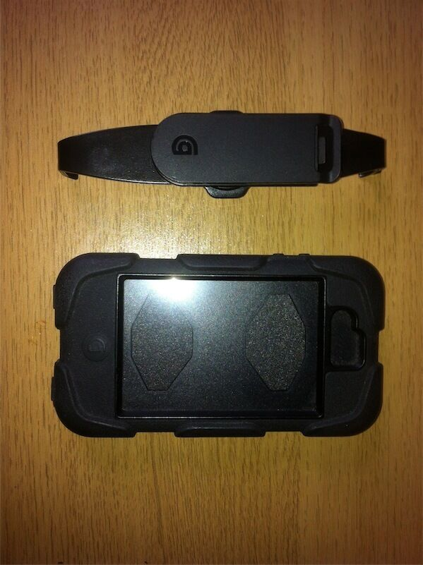 NEW GRIFFIN SURVIVOR military duty case cover for iPhone 4/4Sin Linthouse, GlasgowGumtree - Brand new very sturdy Military standard protection against dust and falls of up to 1.80m Protected from wind and rain (of up to 200m/h) Silicon based material Belt clip and stand