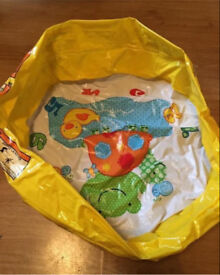 Baby inflatable pool