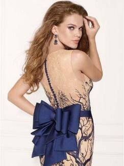 Formal Gown/Evening Dress -Sizes available 6, 8, 10, 12,14 &16 Caulfield Glen Eira Area Preview