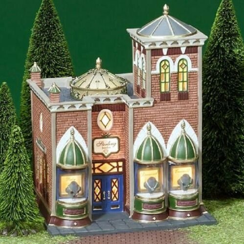 Department 56 Christmas in the City Sterling Jewelers #56.58926 Brand New