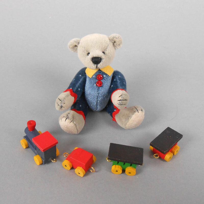 как выглядит Deb Canham Joey Choo Choo Debs Little Gems Miniature Teddy Bear фото